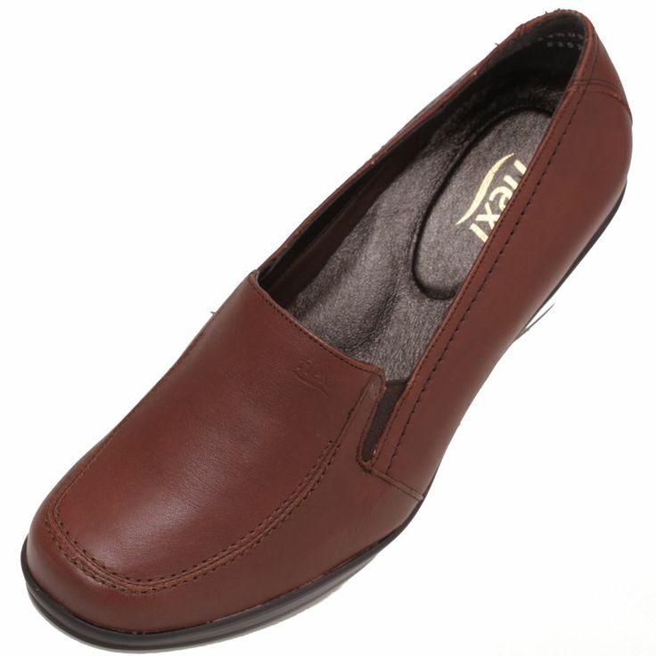 #Zapato #Flexi para #Mujer color #café en piel natural y confort interior. Base de hule ligera y cómoda antiderrapante. Color fácil de combinar con toda la ropa de mujer. Precio $650. Contamos con venta por catálogo 2014