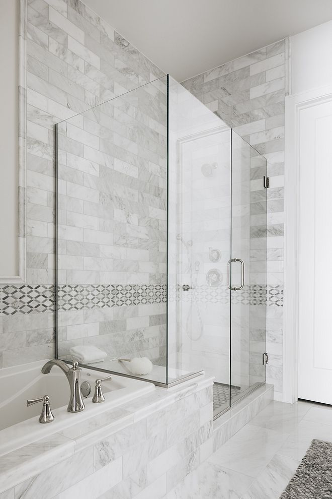 Bathroom Shower And Tub Tile Classic Bathroom Layout Of Shower And Tub With White Marble Tile Bathroom Show Shower Wall Tile Marble Shower Walls Marble Showers