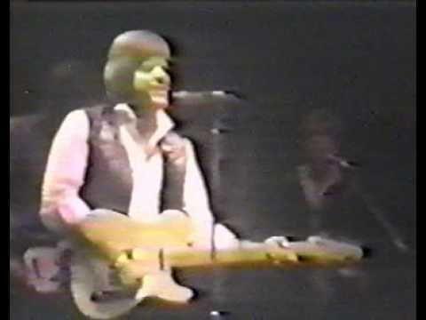 ▶ Del Shannon and Tom Petty + Phil Seymour - Runaway 31.12.78.avi - YouTube