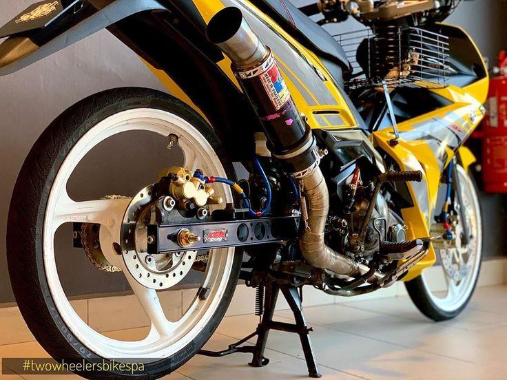 2 574 Likes 12 Comments Two Wheelers Bike Spa Lounge Twowheelers2018 On Instagram Siap Detailing X1r Full Detail Wash Yamaha Motor Spa Lounge Bike