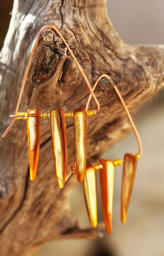 Yellow shells Boho geometric copper earrings. by Copperia on Etsy