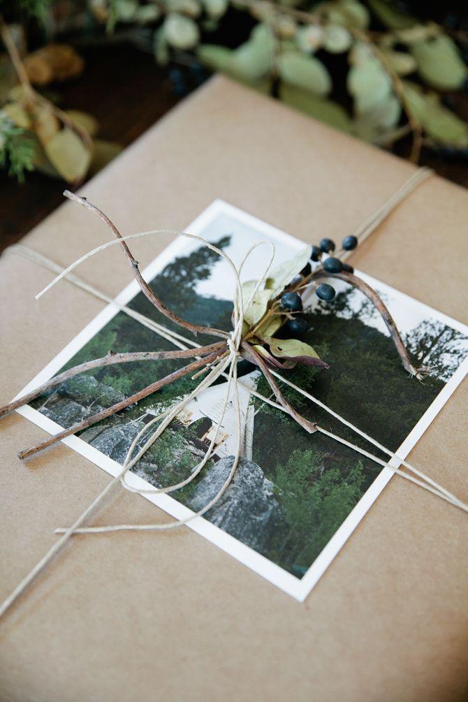 DIY: Hurtige og smukke løsninger til julegaveindpakning   BoligciousBoligcious