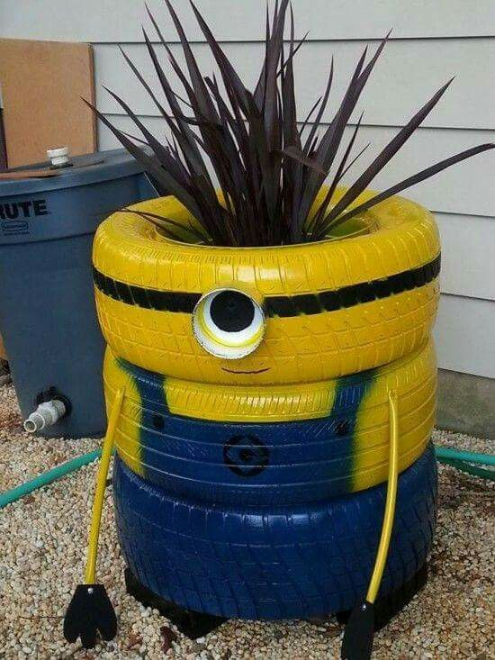 Minion tire planter