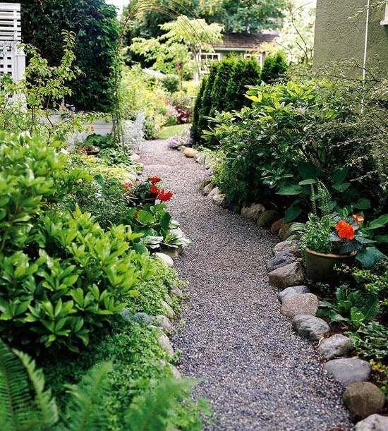 All e de jardin en gravier avec grandes pierres aux abords jardin pinterest jardin en - Allee de jardin ardoise mulhouse ...