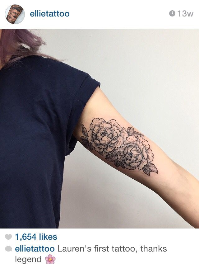 B'cos of Zico, I feel that flower tattoos are very pretty // Inner bicep flower tattoo