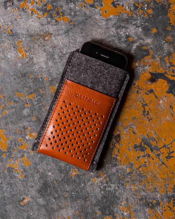 Retro wool felt and leather case for iPhone 5 OSTFOLD