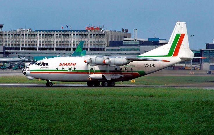 Balkan Bulgarian Airlines Antonov An-12BP LZ-BAE Dublin 20th May 1999.