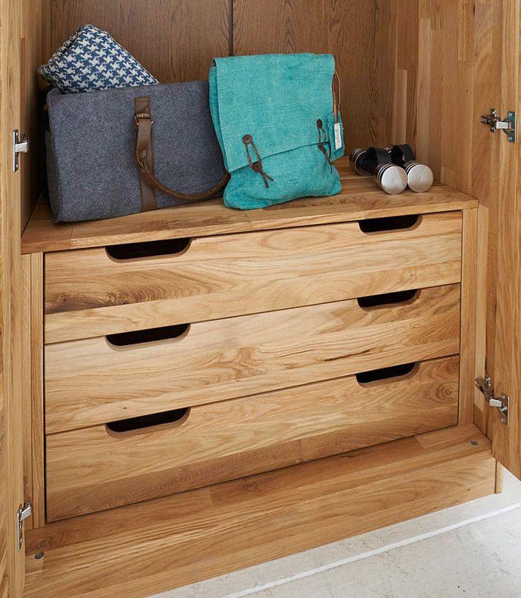 die besten 25 kleiderschrank massiv ideen auf pinterest. Black Bedroom Furniture Sets. Home Design Ideas
