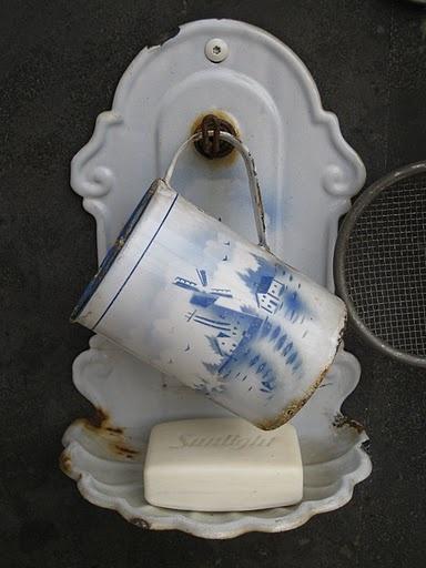 Rustic White Enamel Clawfoot Bath Tub Bathroom Soap Holder Home Garden Pot Decor