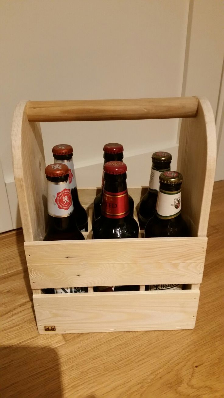 Box for 6 beer  bottels. Nice present for your friends.