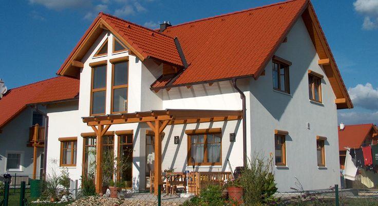 Kompaktes Fertighaus mit Satteldach | Heifert Fertighaus | HOUSE ...