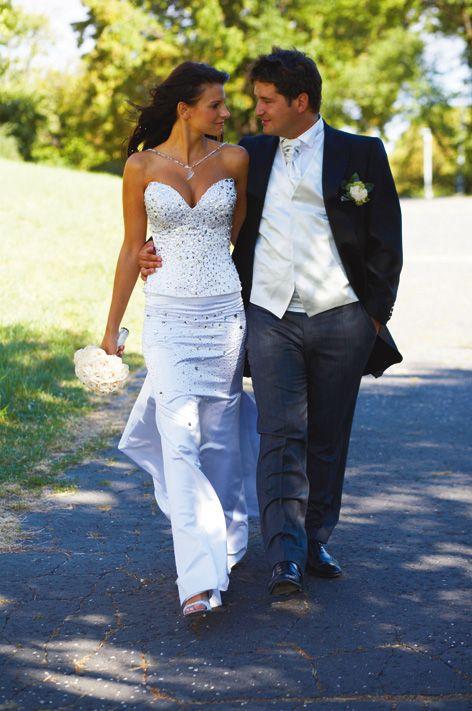 Kata Sarka and Peter Hajdú in Daalarna on their wedding day