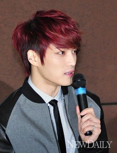 Jaejoong represents JYJ at donation event for 'UNICEF'