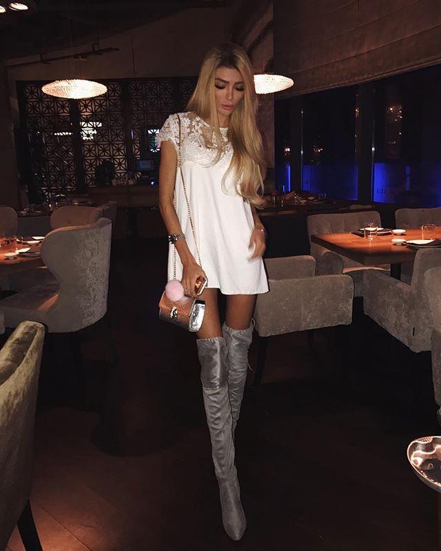 Спасибо @natalia.kravchenko.fashion за такое милое платье!! Столько комплиментов получила ☺️ А фильтры для фото использую VSCO @filtr_vscocam 👌🏿