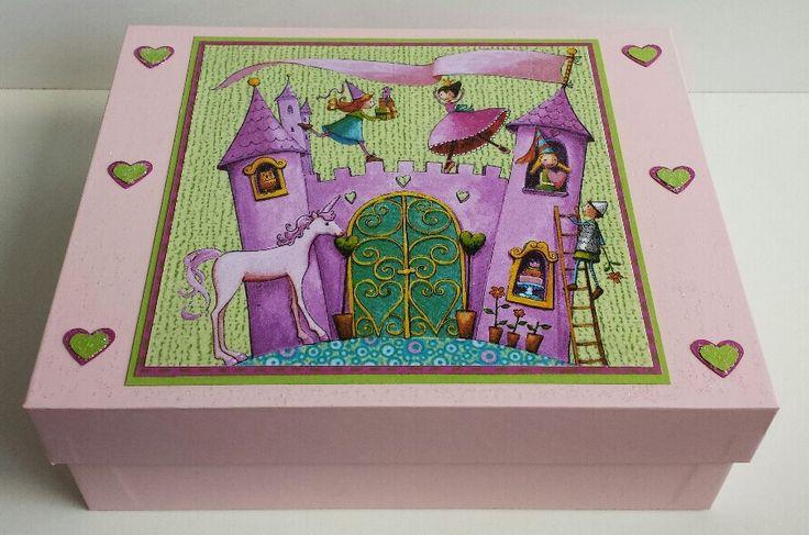Rosa Box mit Prinzessin, Serviettentechnik, Herzen