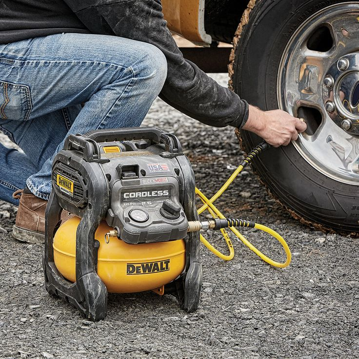 Coming soon: @dewalttough has added a 2.5 gal 135 max PSI cordless air compressor (DCC2560T1) to their FLEXVOLT line-up. And it's made in the USA with global materials! Pre-order yours today. . . . #dewalt #flexvolt #cordless #aircompressor #powertools #construction #contractor #carpentry #carpenter