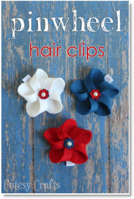4th hair clips ♥ http://felting.craftgossip.com/2014/06/05/4th-of-july-hair-bows-diy-and-a-giveaway/