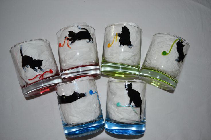 """6 verres à whisky, à eau, couleur, peints """"chats et pelotes de laine multicolores"""""""