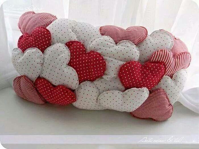 Cojin de corazones cojines patchwork pinterest - Cojines de patchwork ...
