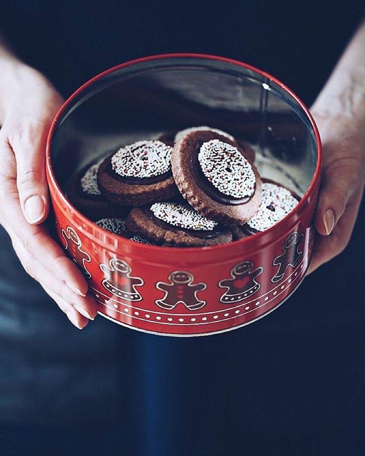 Rotweinkekse Weihnachtsplätzchen- red wine cookies - baking with red wine - christmas baking