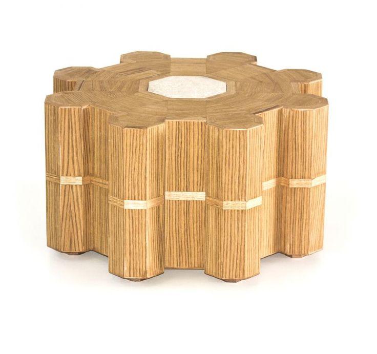 Small table Castello Made of oak wood, it recalls the shape of Castel del Monte. Designer: Sudio Barbieri/Vallone