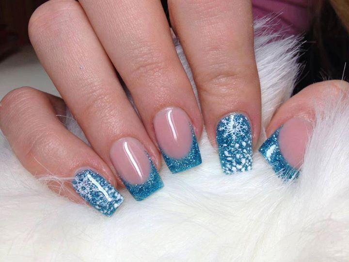 26 Diseños de Uñas en Color Azul y Purpurina - ε Diseños e Ideas originales para Decorar tus Uñas з