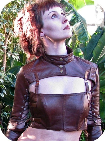 This lady repurposed a leather jacket into an incredible steampunk jacket