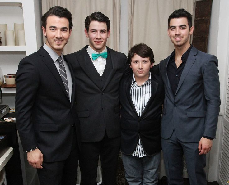 Celebrities With Their Siblings | Pictures | POPSUGAR Celebrity   Kevin Jonas, Nick Jonas, Frankie Jonas and Joe Jonas
