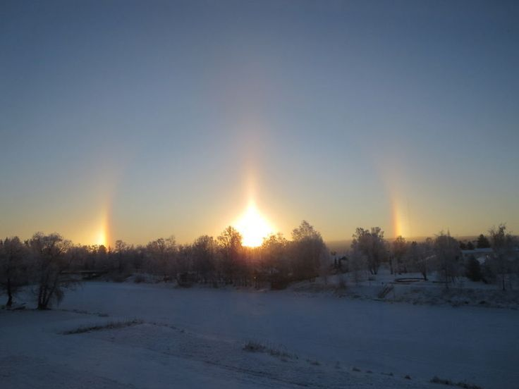 Halo on the northern sky in Lapua Finland 20.1.-14 by evasojahannele