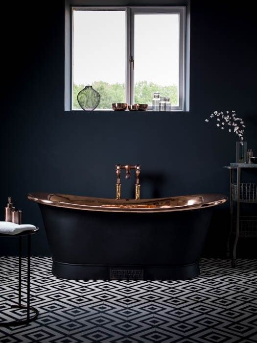 Best 25 black bathrooms ideas on pinterest concrete for Dark blue bathroom tiles
