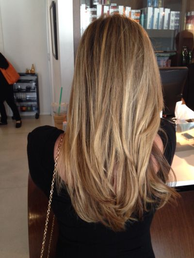 Natural honey blonde. Perfect for me and have the bottom into more of a v shape!