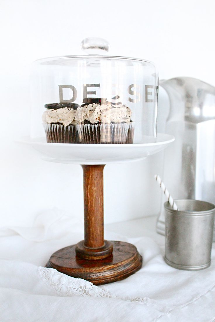 16 best beautiful cake stand images on pinterest cakes for Beautiful cake stands