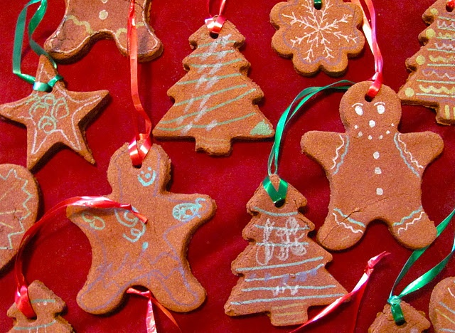 Homemade Christmas Ornaments Dough Cinnamon : Homemade cinnamon ornaments