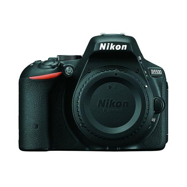 #Nikon #D5500 #DSLR #fényképezőgép váz  A D5500 modell a gyors akciófotózástól a gyenge fényű fényképezésig minden helyzetben páratlan teljesítményt nyújt. Fényképei és videói akár nagy méretben kinyomtatva vagy képernyőre kivetítve is kristálytisztán visszaadják az Önt körülvevő világot.  A nagy érzékenységű, dönthető érintőképernyő intuitív kezelést tesz lehetővé, miközben a beépített Wi-Fi leegyszerűsíti a magas minőségű fényképek megosztását intelligens eszközökön keresztül...