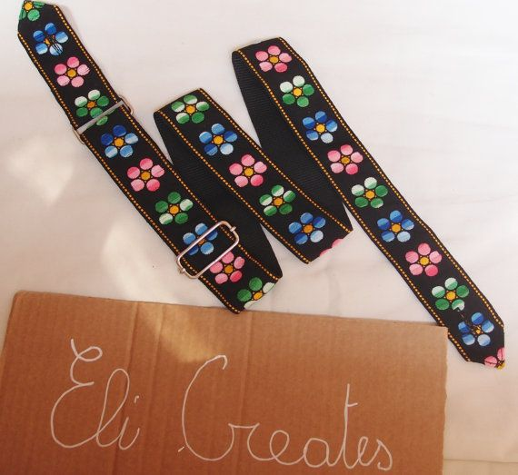 guitar strap with vintage fabric