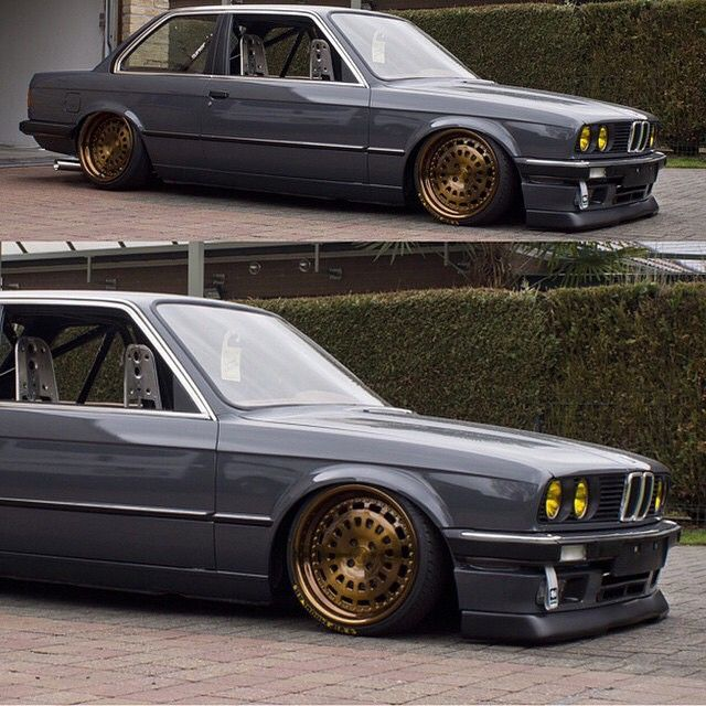BMW E30 sitting low