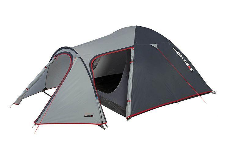 High Peak Zelt, 3 Personen, »Kira 3«. Dieses Doppeldach-Kuppelzelt mit Tunnelvorbau glänzt durch mehr Bewegungsfreiheit dank eines Seiten- sowie eines Haupteinganges in D Form. Gepäck und Campingausrüstung können bequem im Vorbau untergebracht werden. Das Innenzelt ist durch den dritten Gestängebogen wettergeschützt. Innenzelttaschen für Utensilien und ein Lampenhalter für eine Campingleuchte o...