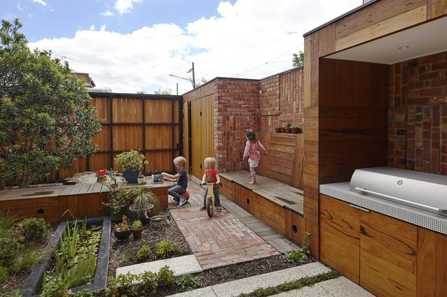 small garden design kids daybed bench path - Google Search ...