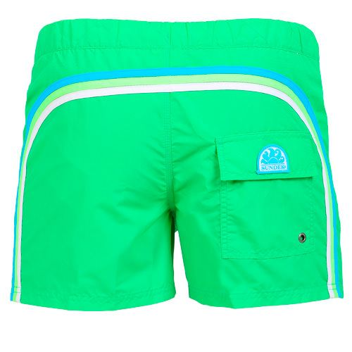 SWIM SHORTS WITH ELASTIC WAISTBAND  AND BUTTON CLOSURE COLOR GREEN Green Nylon Taffetta short swim shorts. Elastic waistband and button closure. Three rainbow bands on the back. Back Velcro pocket with Sundek logo detailing. COMPOSITION: 100% POLYESTER.