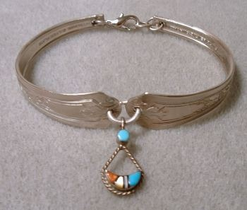 Spoon Bracelet from Recycled Materials | Ornamento