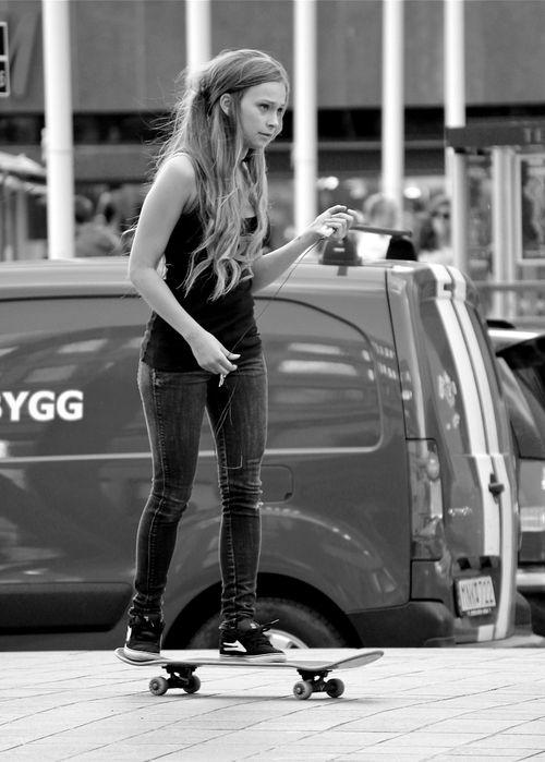 skater girl | Tumblr | Skateboard stuff | Pinterest