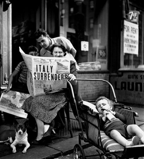 Fred Stein Italy Surrenders, New York City 1943