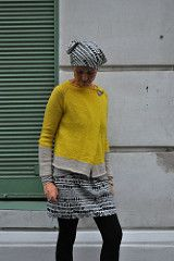 a simple and easy blanket style cardigan