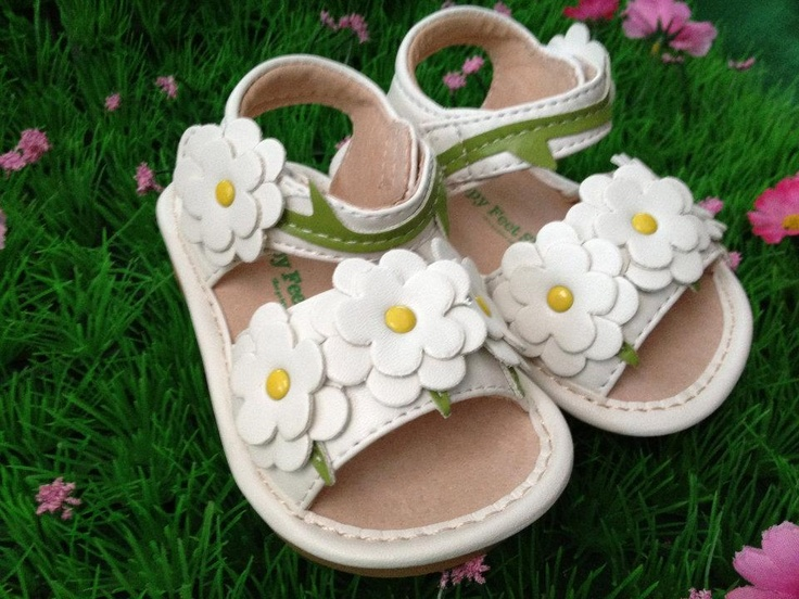 You and Baby - Summertime Daisies, $35.00 (http://www.youandbaby.com.au/summertime-daisies/)