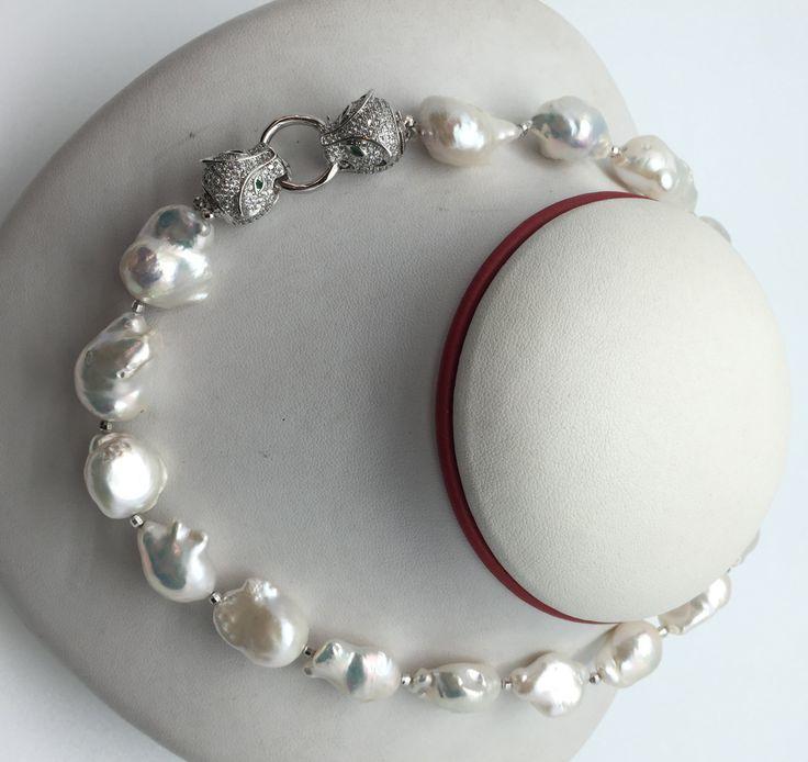 Collar de Perlas Barrocas Cartier de AzuldeMar en Etsy