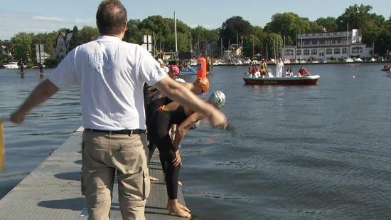 Van Rouwendaal Europees kampioen 10k open water zwemmen