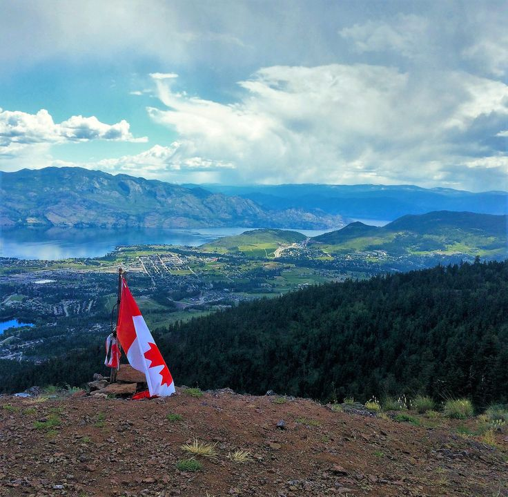 """ONE OF THE VALLEY""""S MOST SCENIC HIKES. A spectacular hike up Carrot Mountain Bluffs in West Kelowna is an adventure that's good for the heart and soul! #hike #explore #climb #play"""