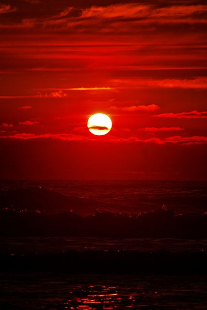 Red sunset by Annafur, via Flickr