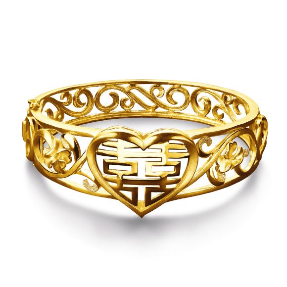 Traditional Chinese Wedding - Gold Bangles by Luk Fook Jewellery