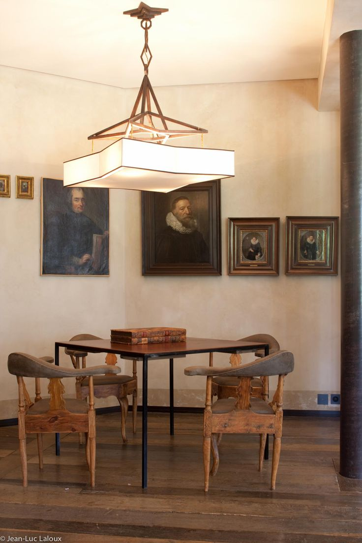 Statement dining room chandeliers #design #bespoke #interiors #homes #houses #designer #architect #interiordesign